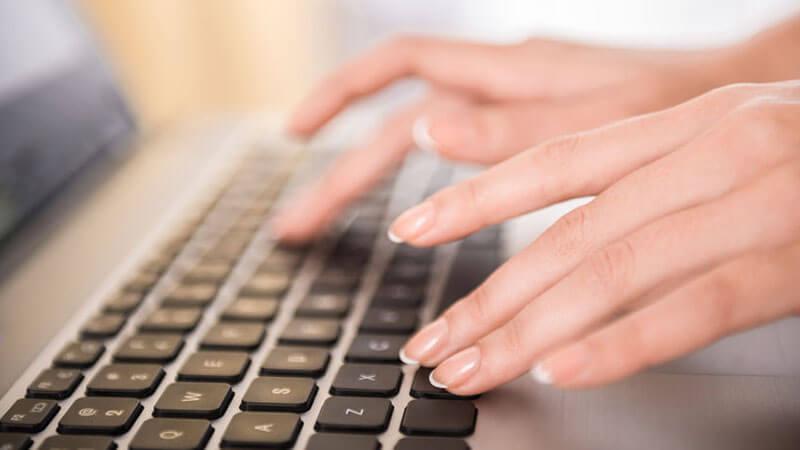 Zakelijke teksten laten schrijven
